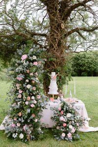 Flourish and Grace wedding table flowers
