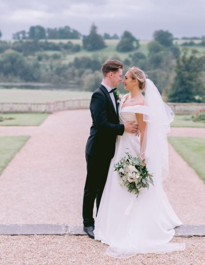 fine art green and white wedding bouquet flourish and grace bristol wedding florist at orchardleigh house estate